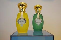 Botellas de perfume de Annick Goutal imágenes de archivo libres de regalías