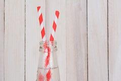 Botellas de soda y dos paja Fotografía de archivo libre de regalías