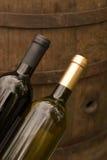 Botellas de vino en el lagar Fotografía de archivo libre de regalías