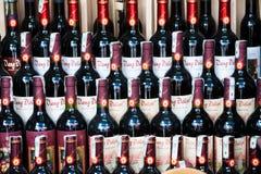 Botellas de vino rojo de Dalat Imagen de archivo libre de regalías