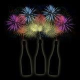 Botellas de champán en un fondo del fuego artificial Fotografía de archivo libre de regalías