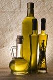 Botellas del aceite de oliva Fotografía de archivo libre de regalías