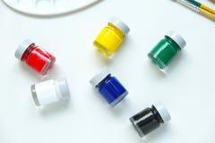 Botellas del color de cartel Fotos de archivo libres de regalías