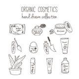 Botellas del cosmético del vector Ejemplo orgánico de los cosméticos Artículos del cuidado de piel del garabato Sistema dibujado  Foto de archivo