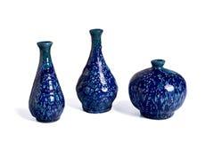 Botellas hechas a mano de cerámica coloridas para los aceites aromáticos Imágenes de archivo libres de regalías