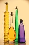 Botellas multicoloras fotografía de archivo libre de regalías