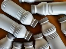 Botellas plásticas blancas Fotos de archivo