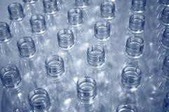 Botellas plásticas vacías Fotos de archivo libres de regalías