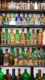 Botellas polvorientas muy viejas del concepto Fotografía de archivo