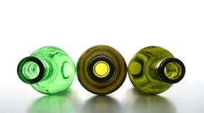 Botellas vacías verdes para reciclar Foto de archivo libre de regalías