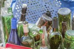 Botellas vacías viejas del alcohol Foto de archivo libre de regalías