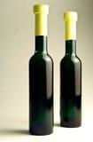 Botellas verdes Imágenes de archivo libres de regalías