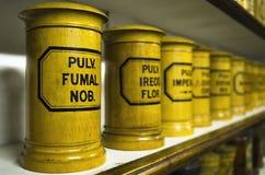 Botellas viejas de la farmacia Imágenes de archivo libres de regalías