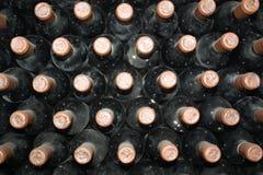 Botellas viejas de vid imagen de archivo libre de regalías