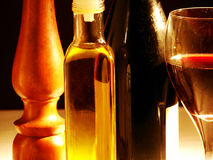 Botellas y vidrio Imagen de archivo libre de regalías