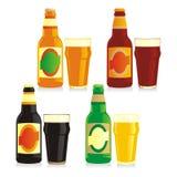 Botellas y vidrios aislados de diversa cerveza Imagen de archivo libre de regalías