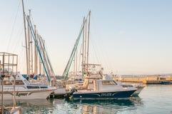 Boten bij de haven in Gordons-Baai Stock Afbeeldingen