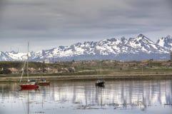 Boten bij de kust van Ushuaia, Argentinië Stock Foto's