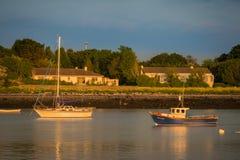 Boten bij de pijler in Oranmore, Co Galway Royalty-vrije Stock Afbeelding