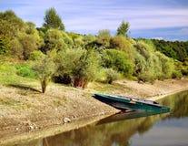 Boten door het meer. Stock Foto