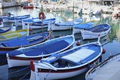 Boten en jachten in de haven van Nice worden vastgelegd dat Royalty-vrije Stock Fotografie