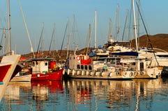 Boten in jachthaven royalty-vrije stock foto
