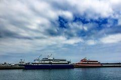 Boten in jachthaven, Penghu-Eiland Royalty-vrije Stock Afbeeldingen