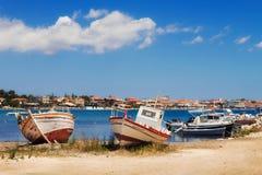 Boten in Laganas-haven op eiland -24 Juni 2015 van Zakynthos Royalty-vrije Stock Foto