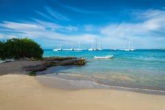 Boten op Caraïbische overzees Stock Foto