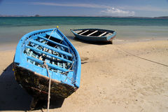 Boten op de kust Stock Afbeeldingen
