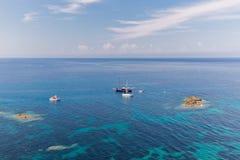 Boten op de kust Stock Foto's