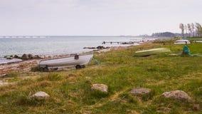 Boten op de kust Royalty-vrije Stock Fotografie