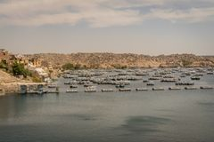 Boten op Meer Nasser Egypte stock foto