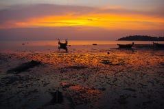 Boten op zonsondergang Stock Afbeelding