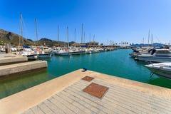 Boten in Pollenca-haven op Majorca-eiland, Spanje Royalty-vrije Stock Afbeelding