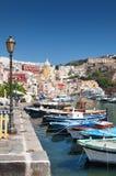 Boten in Procida-haven, Italië Stock Afbeelding