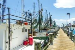 Boten voor garnalen die in Pas vissen royalty-vrije stock foto