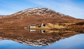 Botenhuis op Loch een ` Bhraoin stock fotografie