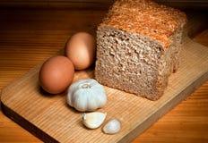 Boterhammen, knoflook en eieren Royalty-vrije Stock Afbeelding