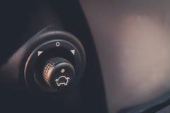 Botões automáticos do ajuste do espelho de carro Fotos de Stock