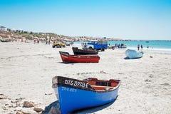 Botes na praia Imagens de Stock