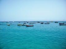 Botes no mar Imagens de Stock Royalty Free