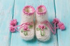 Botines para los bebés hechos a mano Imagen de archivo