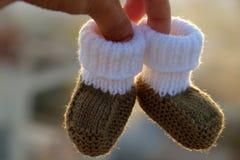 Botines para recién nacido Fotografía de archivo libre de regalías