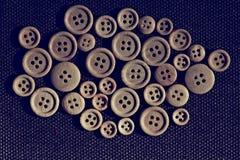 Botones de madera del fondo Foto de archivo libre de regalías