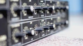 Botones de mezcla audios de la consola foto de archivo libre de regalías