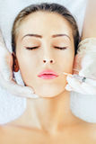 Botox behandling Arkivfoton