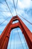 Botten-uppbild av Golden gate bridge arkivfoto