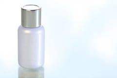 Bottiglia in bianco delle estetiche Fotografia Stock Libera da Diritti