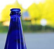 Bottiglia blu Fotografie Stock Libere da Diritti